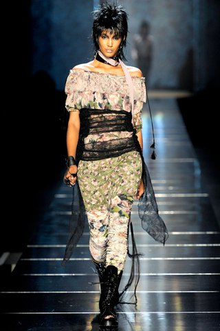 images/cast/00000432446742034=my job on fabrics jean paul gaultier Summer 2011